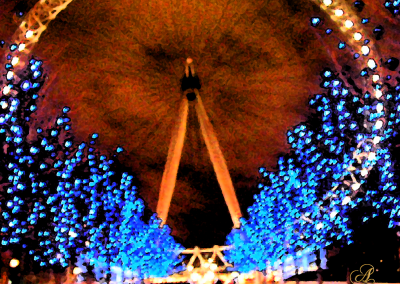 Bluelight: Christmas on the Thames © Adrienne Fritze - A's England